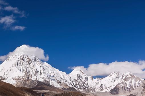 Khumbu「View of Pumo Ri, Nepal」:スマホ壁紙(7)