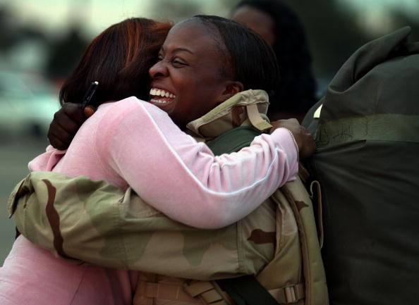 Friendship「3rd Infantry Soldiers Return From Active Duty In Iraq」:写真・画像(6)[壁紙.com]