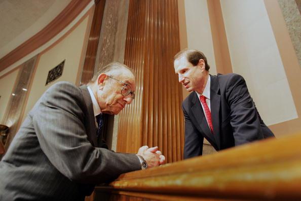 Joe Raedle「Senate Finance Committee Holds Hearing On U.S.-China Economic Relations」:写真・画像(11)[壁紙.com]