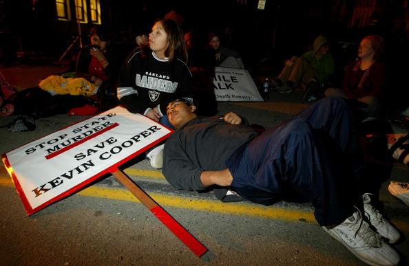 Jose Lopez「Federal Appeals Court Blocks First Execution Since Governor Schwarzenegger Took Office」:写真・画像(6)[壁紙.com]