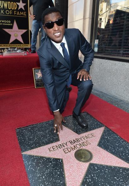 "Songwriter「Kenny ""Babyface"" Edmonds Honored On The Hollywood Walk Of Fame」:写真・画像(17)[壁紙.com]"
