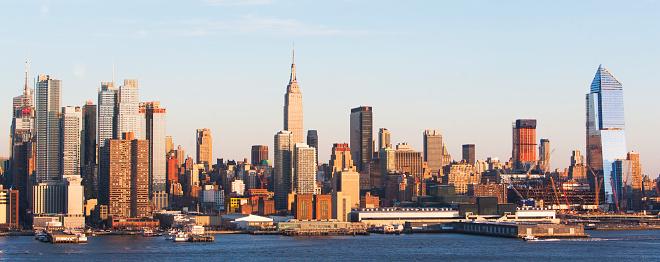 Hudson River Park「Empire State building and West side of Manhattan」:スマホ壁紙(10)