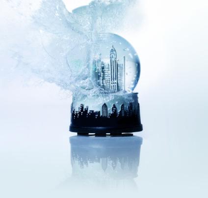 スノードーム「Empire State building snow globe exploding, close-up」:スマホ壁紙(13)