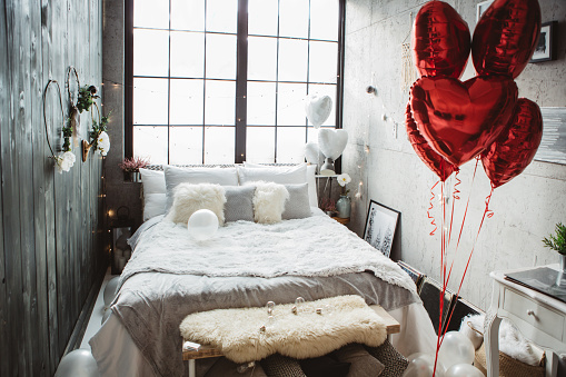 ハート「愛のための寝室」:スマホ壁紙(2)