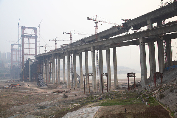 Concrete「A bridge across the Yangtze river under construction in Chongqing.」:写真・画像(15)[壁紙.com]
