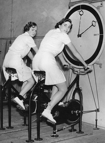 Athleticism「Tennis Players Freda James And Kay Stammers」:写真・画像(17)[壁紙.com]