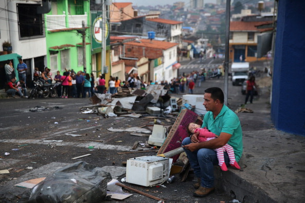 Latin America「Venezuela Tense As Unrest Over President Maduro's Government Continues」:写真・画像(1)[壁紙.com]