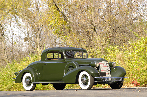Journey「Cadillac V8 355d coupe by Fisher 1934」:写真・画像(9)[壁紙.com]
