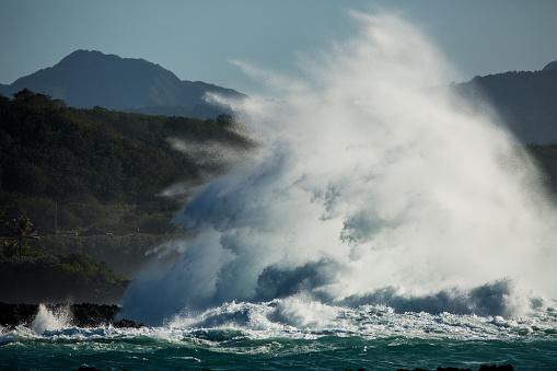 オアフ島「Ocean spray, Honolulu, Hawaii, America, USA」:スマホ壁紙(14)