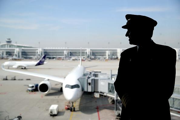Airplane「Munich International Airport Feature」:写真・画像(12)[壁紙.com]