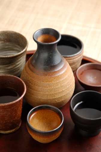 Sake「Sake bottle and sake cup」:スマホ壁紙(5)