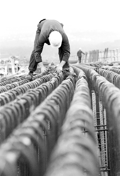 2002「Fixing reinforcing. M4, Newport, UK.」:写真・画像(19)[壁紙.com]