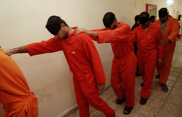Baghdad「Iraqi Detanees Are Arraigned In West Baghdad Court」:写真・画像(4)[壁紙.com]