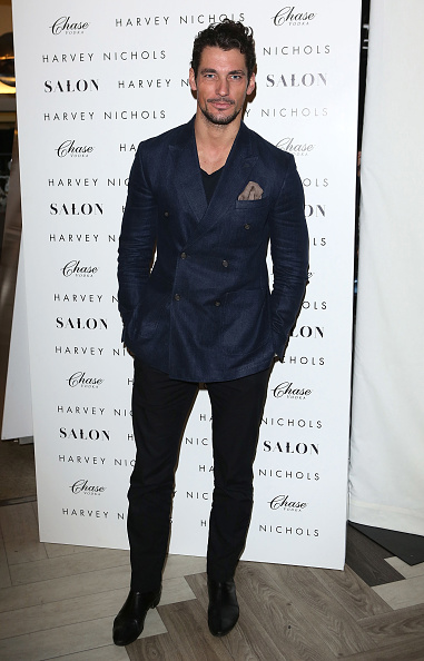 ダブルブレスト「1205 Paula Gerbase Hosted By Harvey Nichols - London Collections: MEN AW13」:写真・画像(10)[壁紙.com]