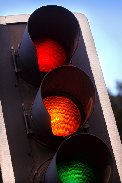 Stoplight「traffic lights showing amber, red and green at a crossroads, UK.」:写真・画像(18)[壁紙.com]
