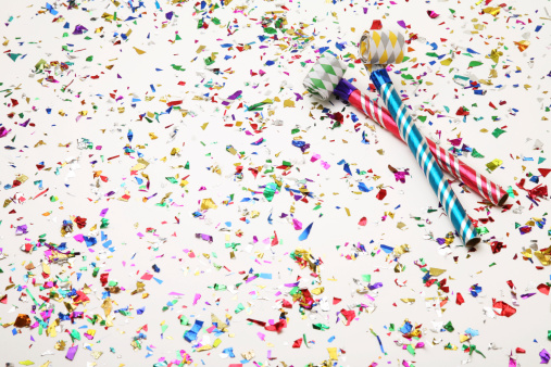 お正月「パーティに紙吹雪 Favours」:スマホ壁紙(19)