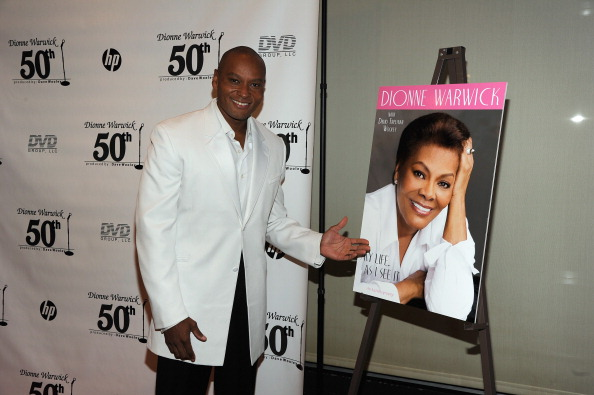 Penthouse「Dionne Warwick 50th Anniversary In Show Business Gala」:写真・画像(3)[壁紙.com]