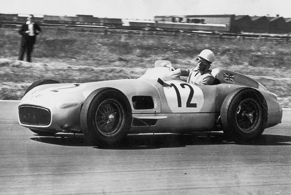Racecar「Stirling Moss Wins」:写真・画像(5)[壁紙.com]