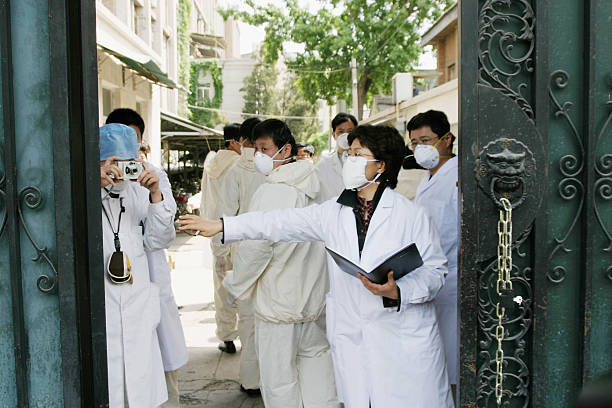 China Battles To Contain New SARS Outbreak:ニュース(壁紙.com)