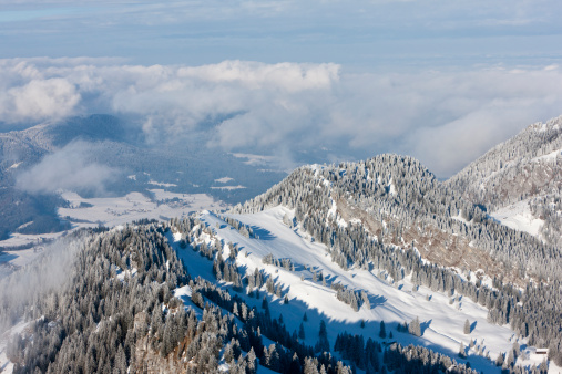Bavarian Prealps「South Germany, Upper Bavaria, Bayrischzell, View of forest from Wendelstein mountain」:スマホ壁紙(14)