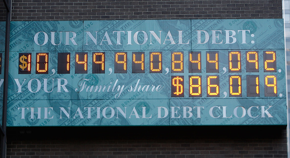 Recession「Dow Loses 678 Points, Closing Below 8,600」:写真・画像(17)[壁紙.com]