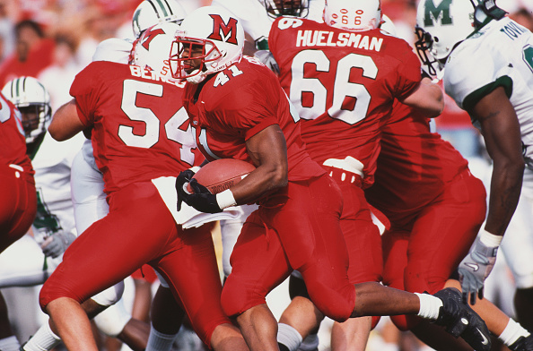 Marshall University「Marshall University Thundering Herd vs Miami University ( Ohio ) RedHawks」:写真・画像(13)[壁紙.com]