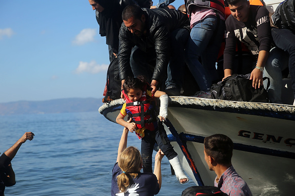 Refugee「Greek Island Of Lesbos Continues To Recieve Migrants Fleeing Their Countries」:写真・画像(18)[壁紙.com]