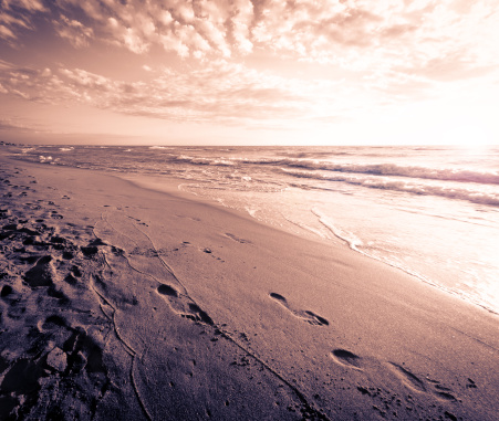 波「壮大な海に沈む夕日」:スマホ壁紙(0)