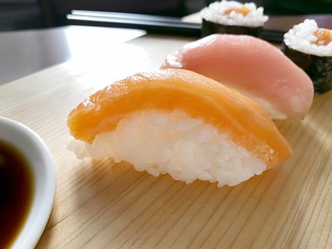 Soy Sauce「Sushi dish」:スマホ壁紙(8)