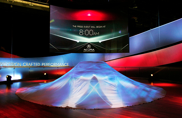 Bill Pugliano「Car Makers Reveal New Models At N. American International Auto Show In Detroit」:写真・画像(6)[壁紙.com]