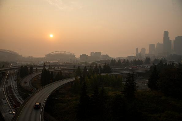 Washington State「Massive Smoke Cloud Descends On Seattle Amid Historic Fires」:写真・画像(17)[壁紙.com]
