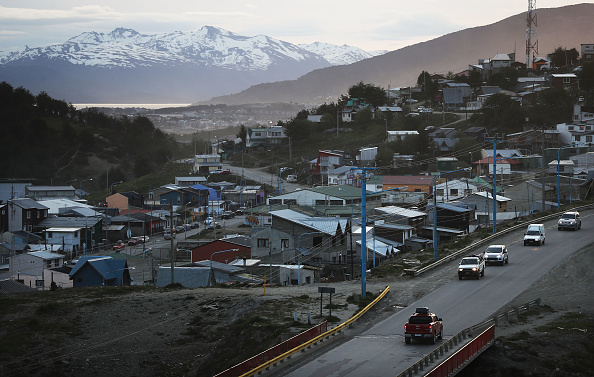Cultures「Ushuaia, Earth's Southernmost City, Faces Climate Change And Other Environmental Issues」:写真・画像(8)[壁紙.com]