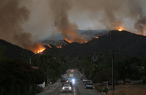 Evacuation「Holy Fire Continues To Burn In Cleveland National Forest Near Los Angeles」:写真・画像(9)[壁紙.com]
