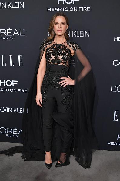 年次イベント「ELLE's 25th Annual Women In Hollywood Celebration Presented By L'Oreal Paris, Hearts On Fire And CALVIN KLEIN - Red Carpet」:写真・画像(13)[壁紙.com]