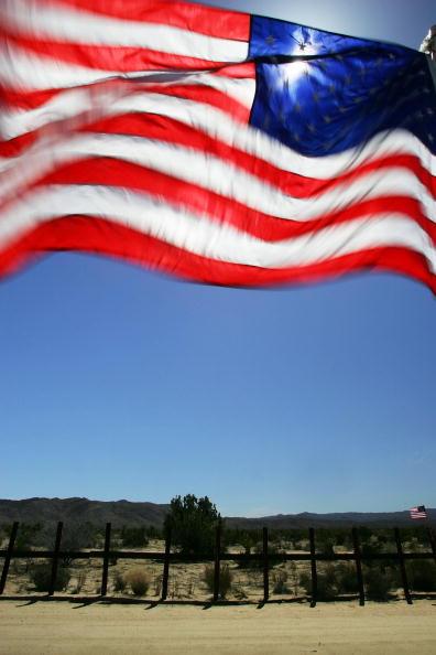 Baja California Peninsula「Minutemen Return To The Southern U.S. Border」:写真・画像(14)[壁紙.com]