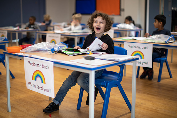 Classroom「UK Primary Schools Welcome Back Some Pupils As Lockdown Eases」:写真・画像(12)[壁紙.com]