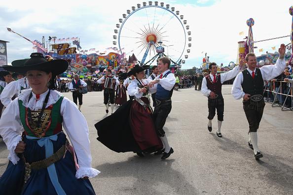 Traditional Clothing「Oktoberfest 2014 - Day Two」:写真・画像(8)[壁紙.com]