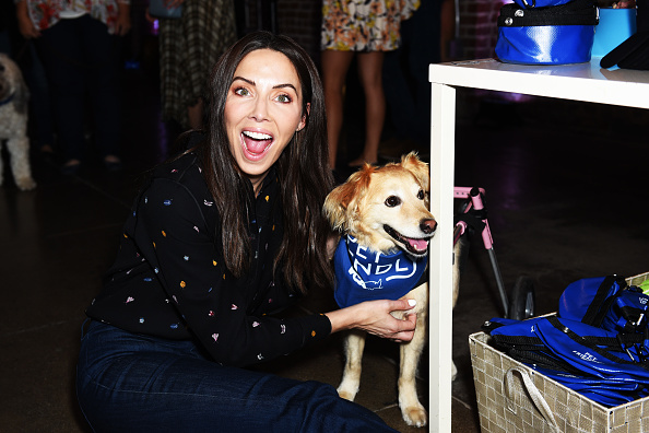 Whitney Cummings「Refinery29 And VCA 'Pet Friendly' Series Premiere Party With Director Whitney Cummings At The Jefferson」:写真・画像(1)[壁紙.com]
