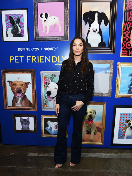 Whitney Cummings「Refinery29 And VCA 'Pet Friendly' Series Premiere Party With Director Whitney Cummings At The Jefferson」:写真・画像(7)[壁紙.com]