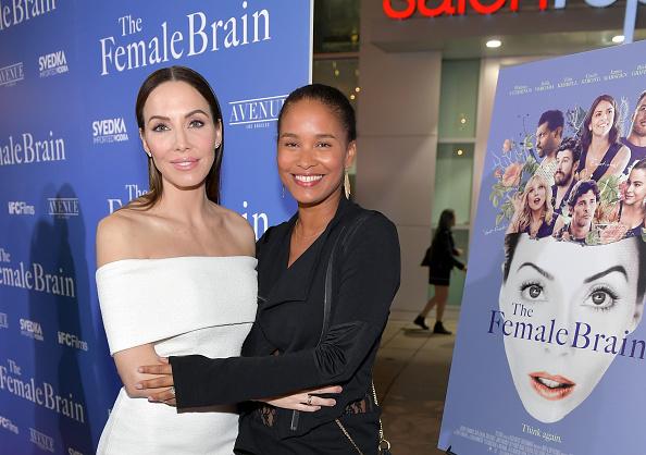 "Whitney Cummings「Premiere Of IFC Films' ""The Female Brain"" - Arrivals」:写真・画像(14)[壁紙.com]"
