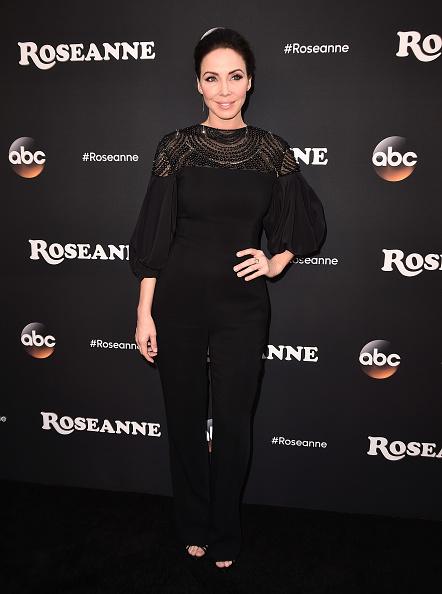"Whitney Cummings「Premiere Of ABC's ""Roseanne"" - Arrivals」:写真・画像(12)[壁紙.com]"