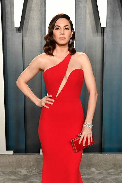 Whitney Cummings「2020 Vanity Fair Oscar Party Hosted By Radhika Jones - Arrivals」:写真・画像(13)[壁紙.com]