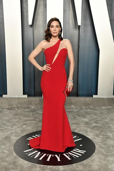 Whitney Cummings「2020 Vanity Fair Oscar Party Hosted By Radhika Jones - Arrivals」:写真・画像(2)[壁紙.com]