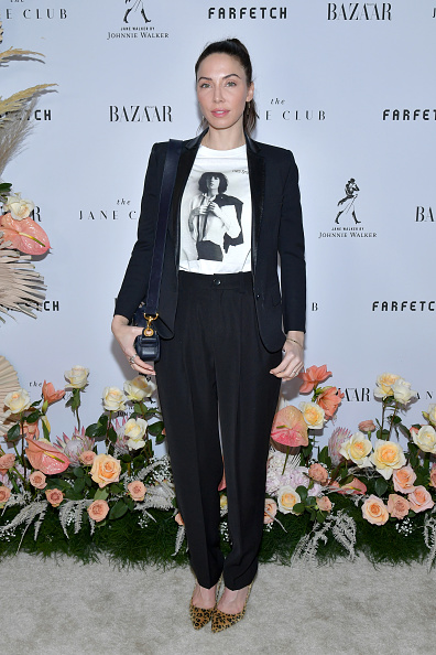 Whitney Cummings「Launch Of The Jane Club In Larchmont Village」:写真・画像(16)[壁紙.com]