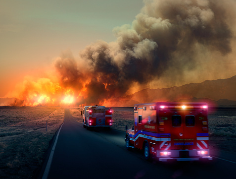 Emergency Services Occupation「Ambulance driving to forest fire in desert」:スマホ壁紙(15)