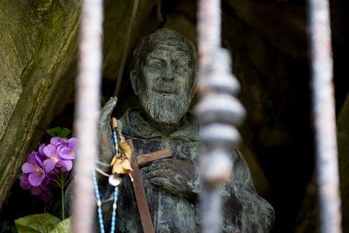Work luck「Roadside Religious Saint blessing travelers」:スマホ壁紙(18)