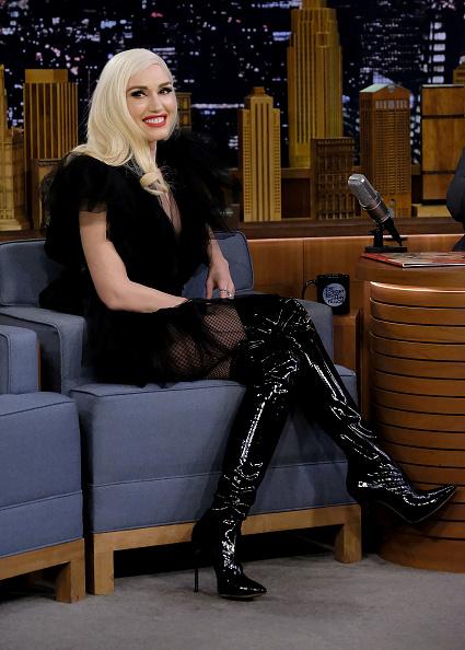 グウェン・ステファニー「Gwen Stefani Visits 'The Tonight Show Starring Jimmy Fallon'」:写真・画像(16)[壁紙.com]