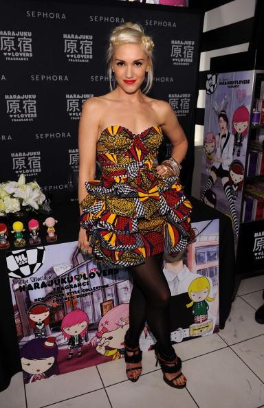 Strapless Dress「Sephora Soho Celebrates Fashion's Night Out」:写真・画像(11)[壁紙.com]