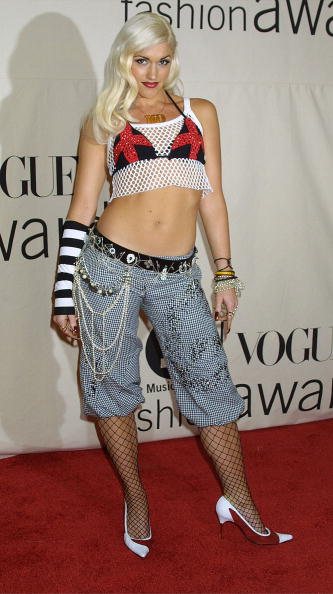 Rag「Celebs Attend 2001 VH1/Vogue Fashion Awards」:写真・画像(15)[壁紙.com]