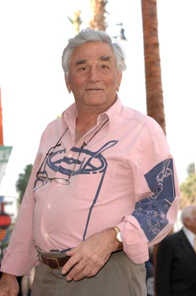 フォーク「Wayne Rogers Honored With a Star On The Hollywood Walk Of Fame」:写真・画像(10)[壁紙.com]